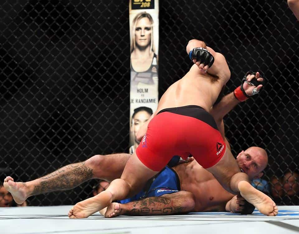 Cowboy taking dive against McGregor