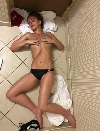 Paige Van Zant Topless